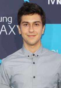 nat-wolff-16th-annual-young-hollywood-awards-01